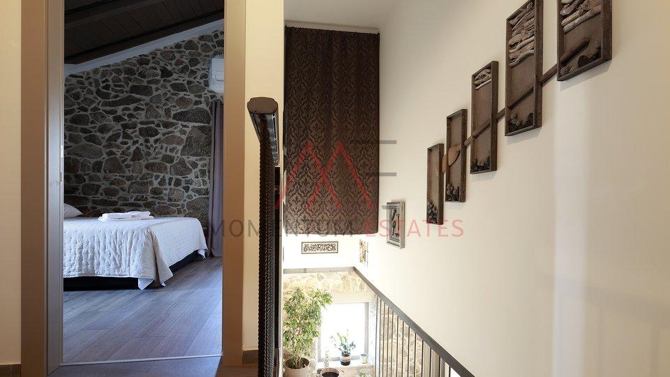 Hiša, 180 m2, Prodaja, Krk - Kornić