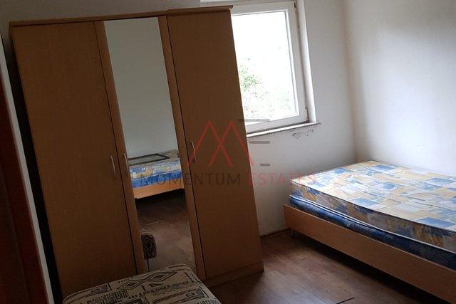 Stanovanje, 32 m2, Najem, Crikvenica