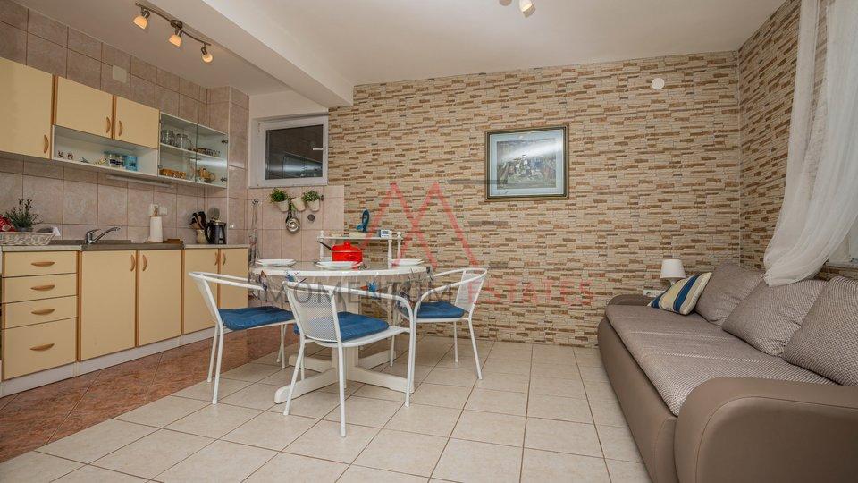 Hiša, 125 m2, Prodaja, Jadranovo