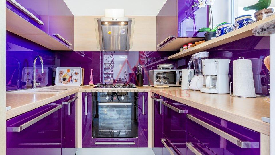 Appartamento, 135 m2, Affitto, Crikvenica