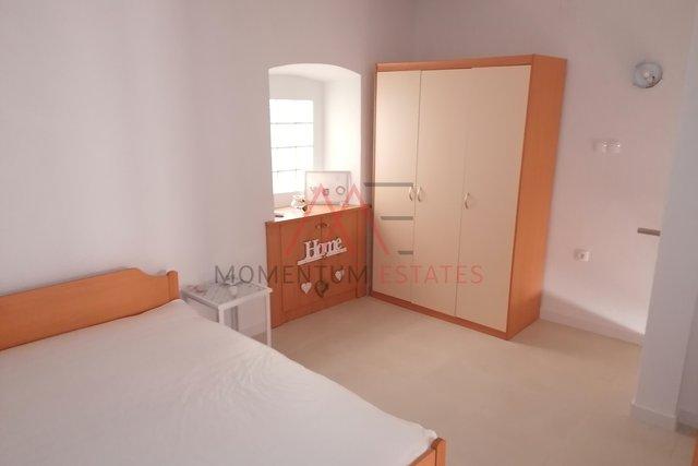 Hiša, 160 m2, Prodaja, Baška