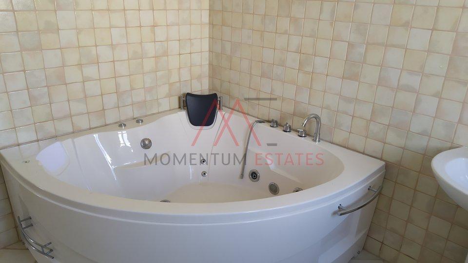 Istra, vila s bazenom, 154m2