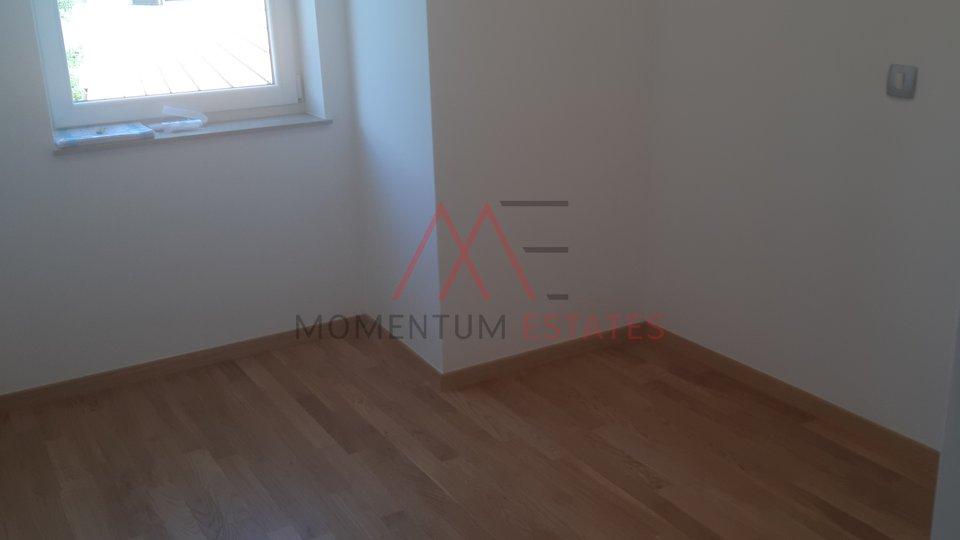 Stanovanje, 70 m2, Prodaja, Dramalj