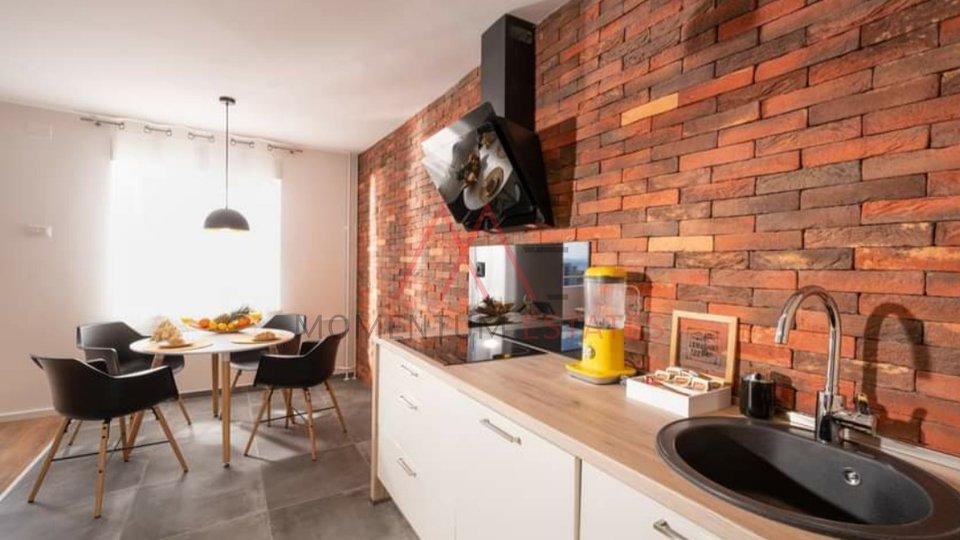 Stanovanje, 68 m2, Najem, Rijeka - Gornja Vežica