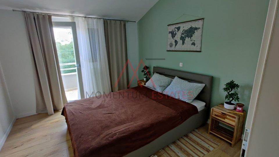 Wohnung, 100 m2, Vermietung, Kastav - Belići