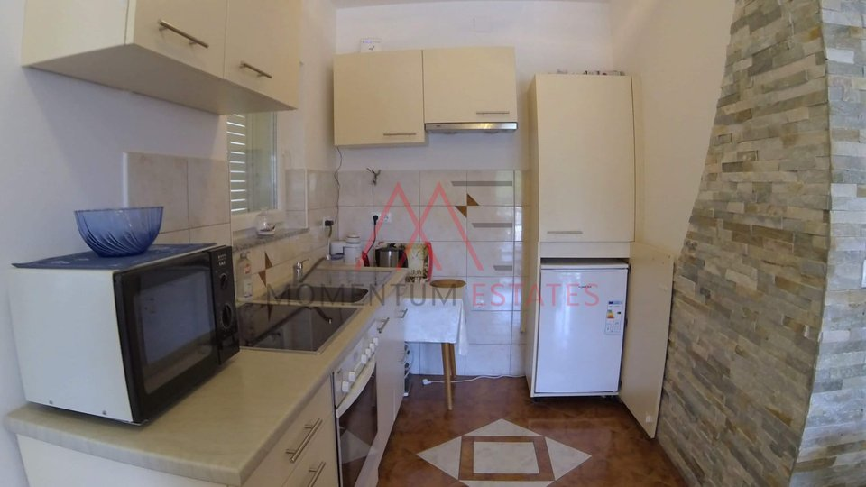 House, 160 m2, For Sale, Malinska - Sveti Anton