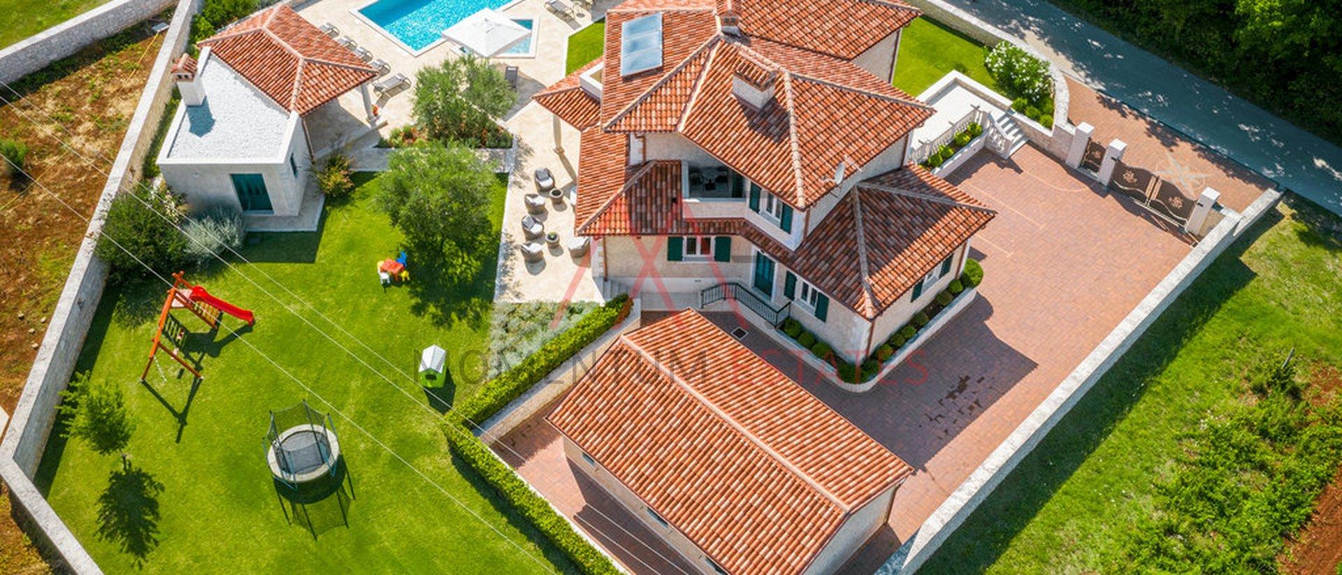 Haus, 356 m2, Verkauf, Tinjan